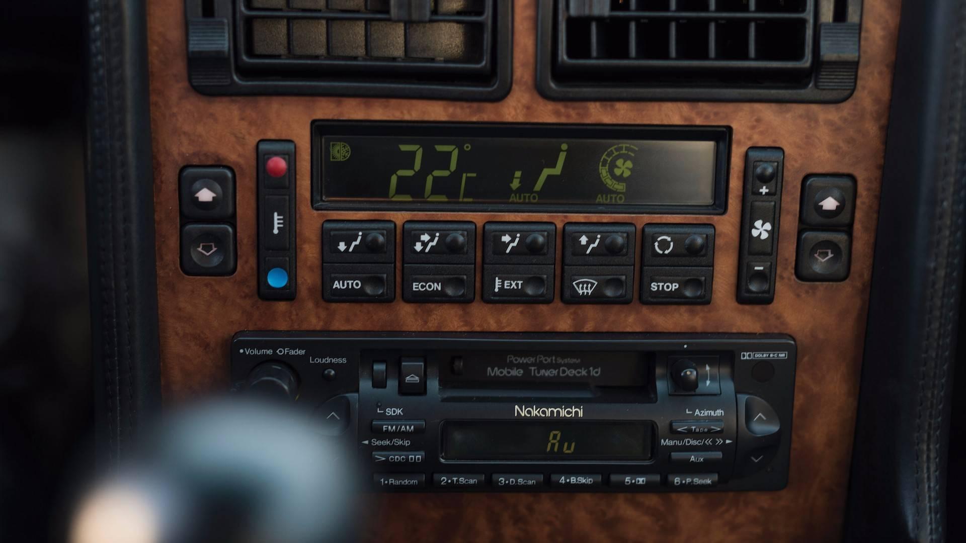 1993-bugatti-eb110-auction (22)