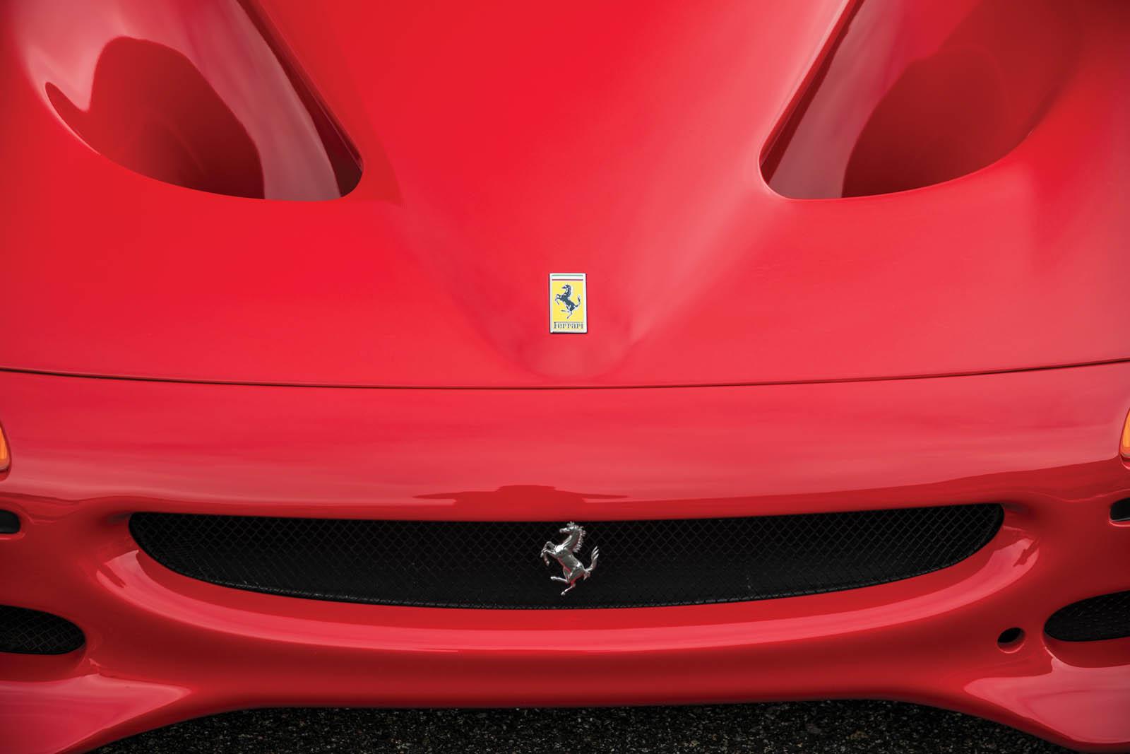 Mike_Tyson_Ferrari_F50_07
