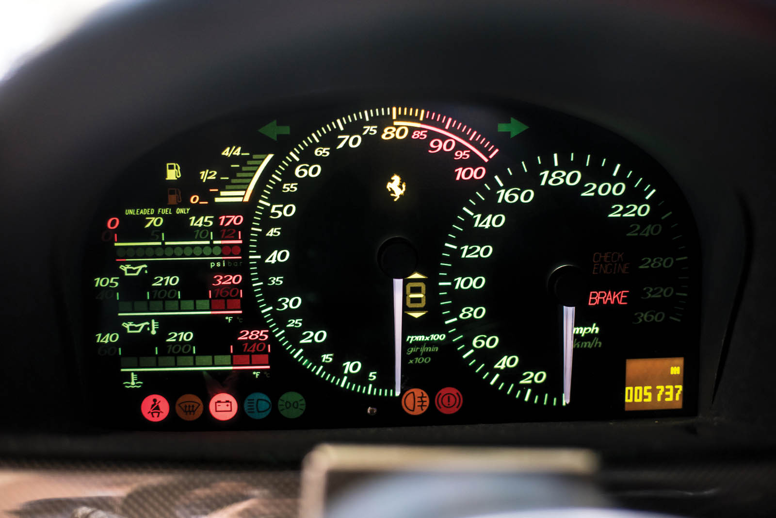 Mike_Tyson_Ferrari_F50_13