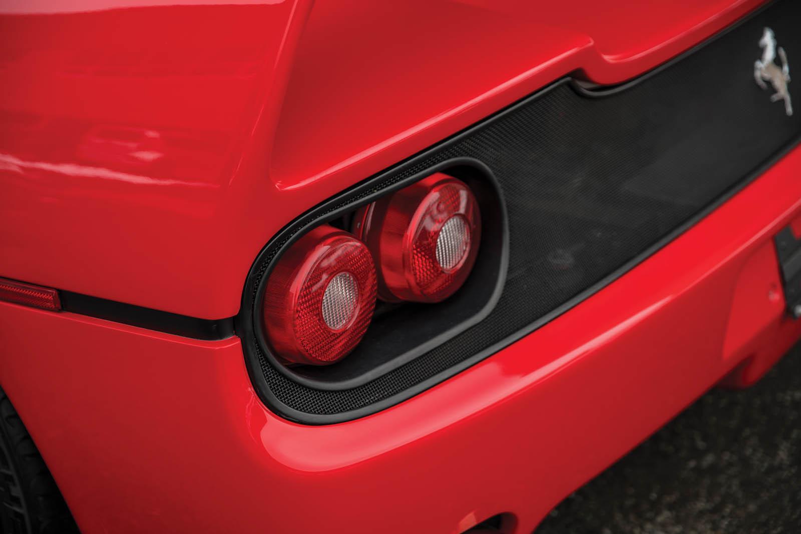 Mike_Tyson_Ferrari_F50_20