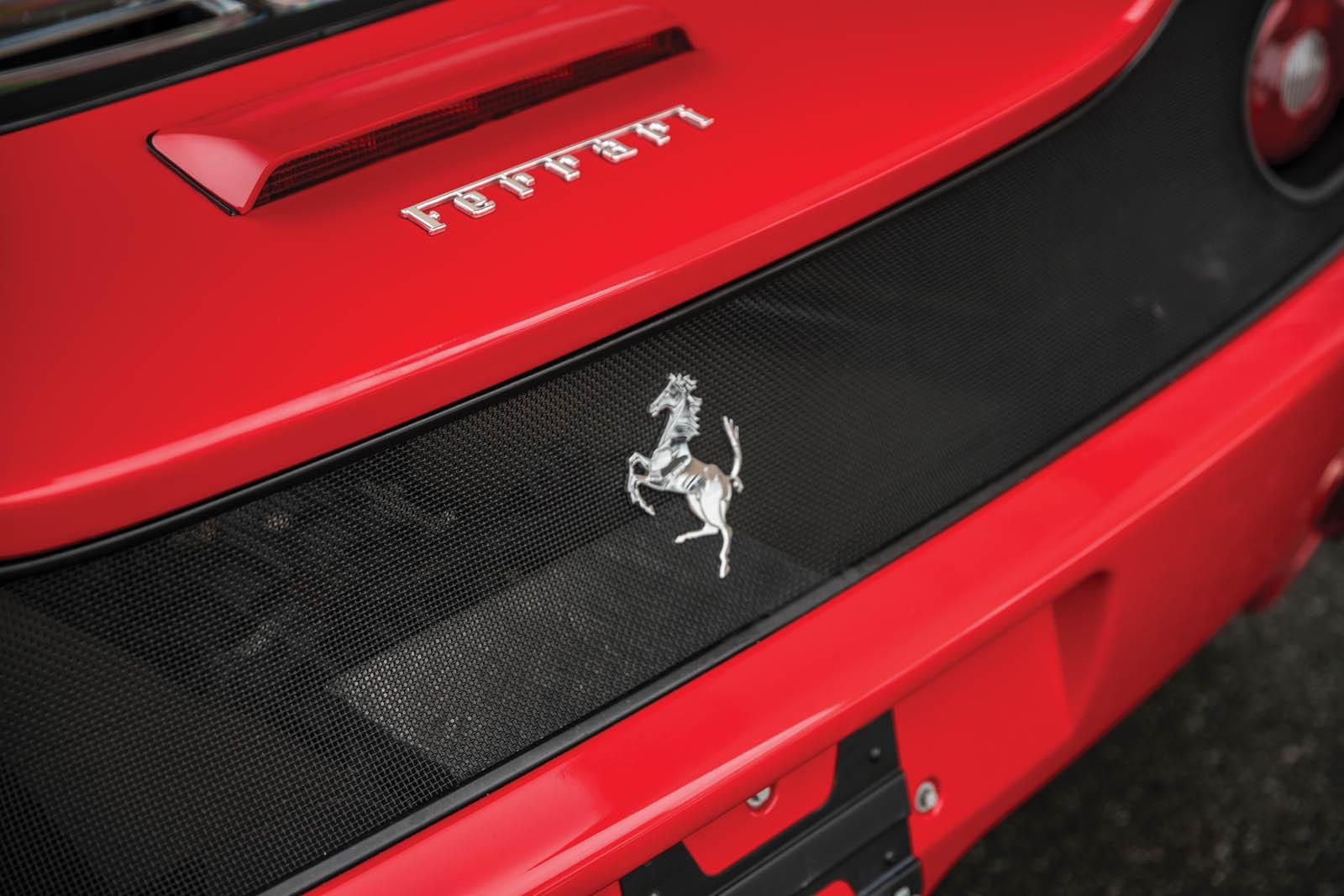 Mike_Tyson_Ferrari_F50_22