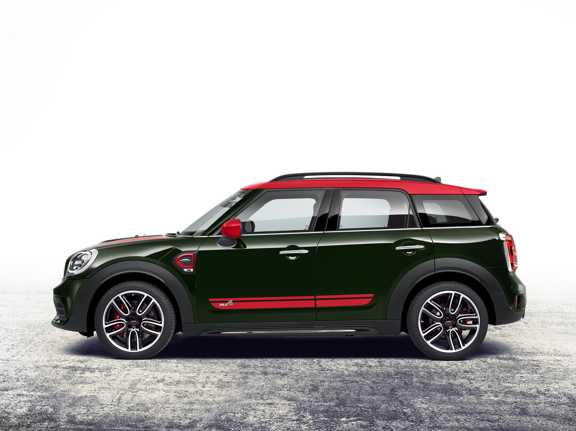 Mini John Cooper Works Countryman ALL4 2017 (14)