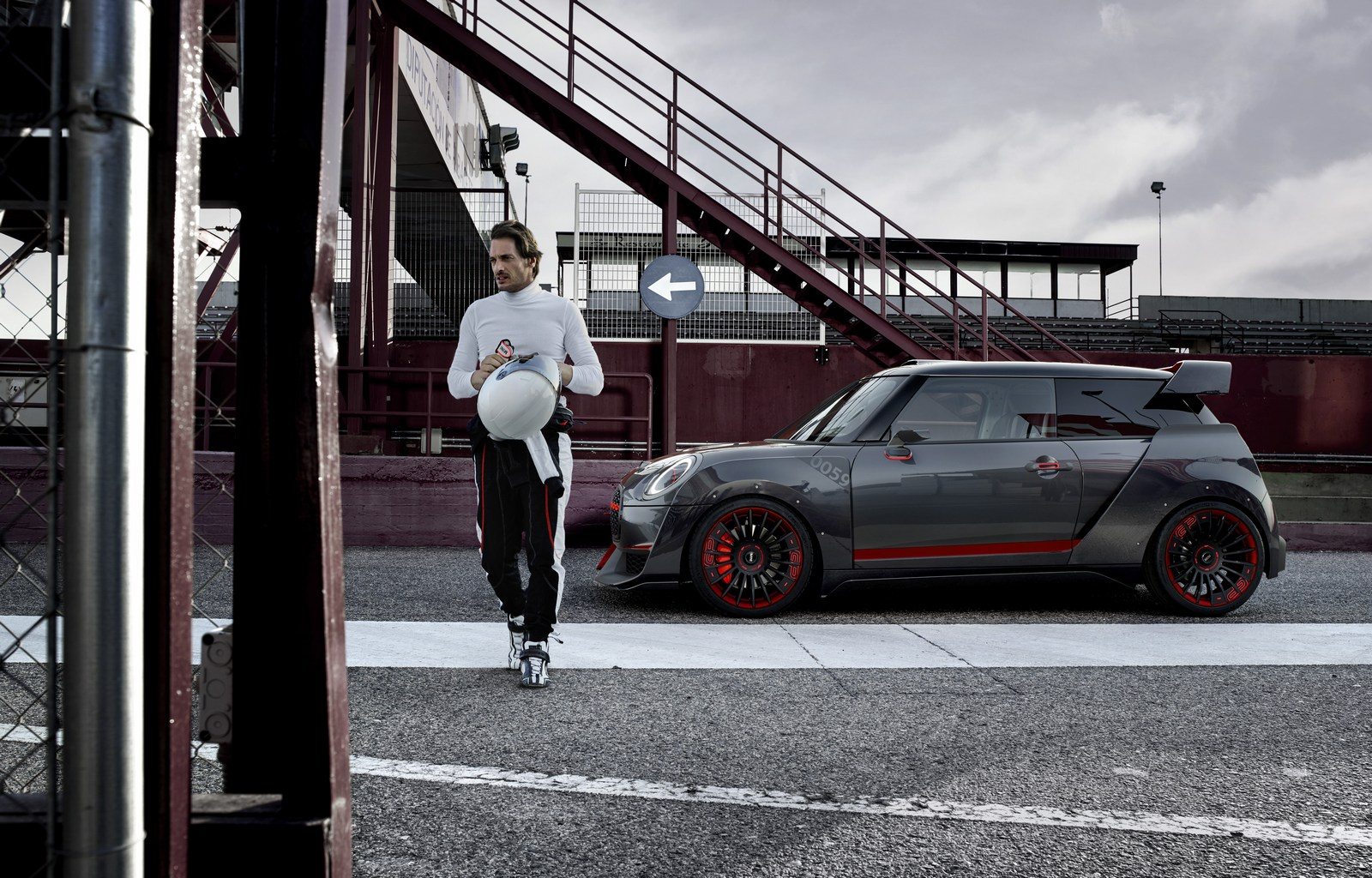 MINI-John-Cooper-Works-GP-Concept-27
