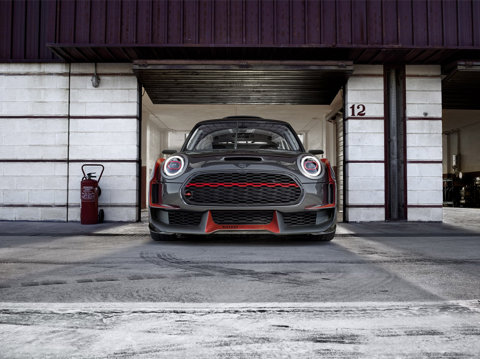 MINI-John-Cooper-Works-GP-Concept-30