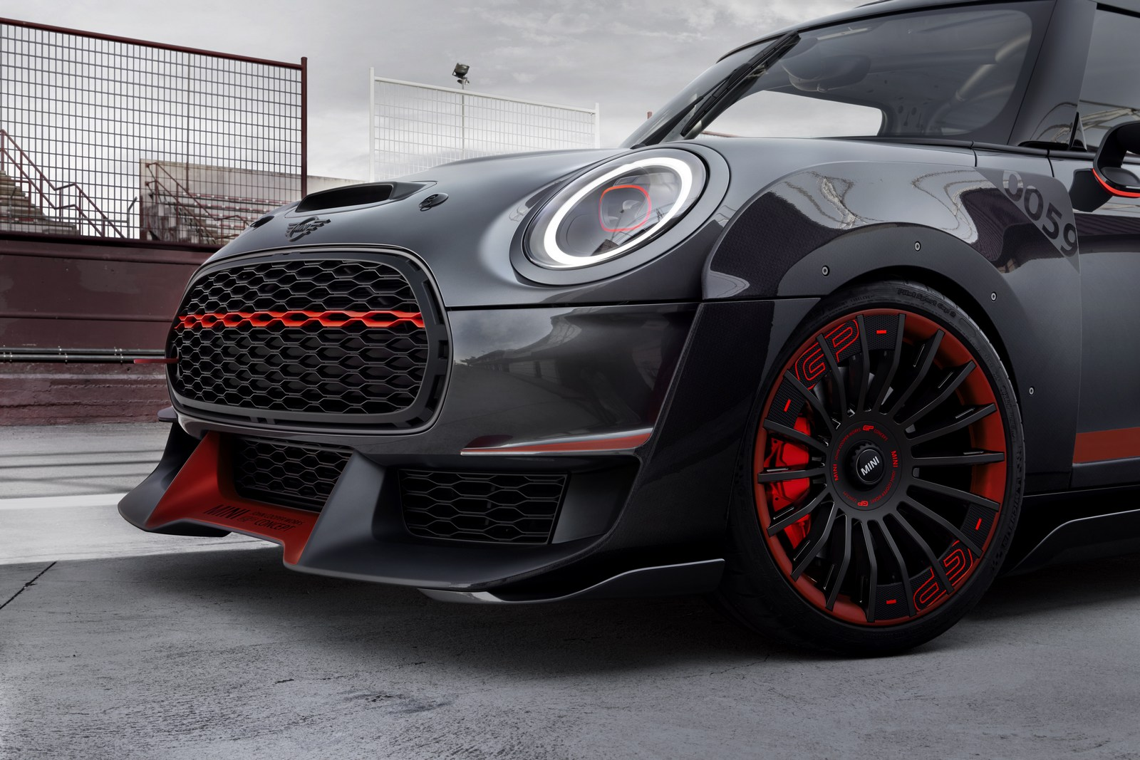 MINI-John-Cooper-Works-GP-Concept-31