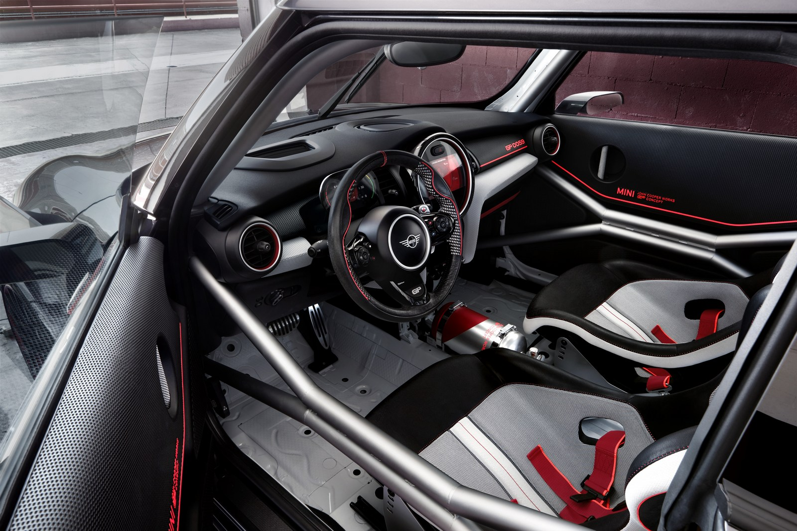 MINI-John-Cooper-Works-GP-Concept-43