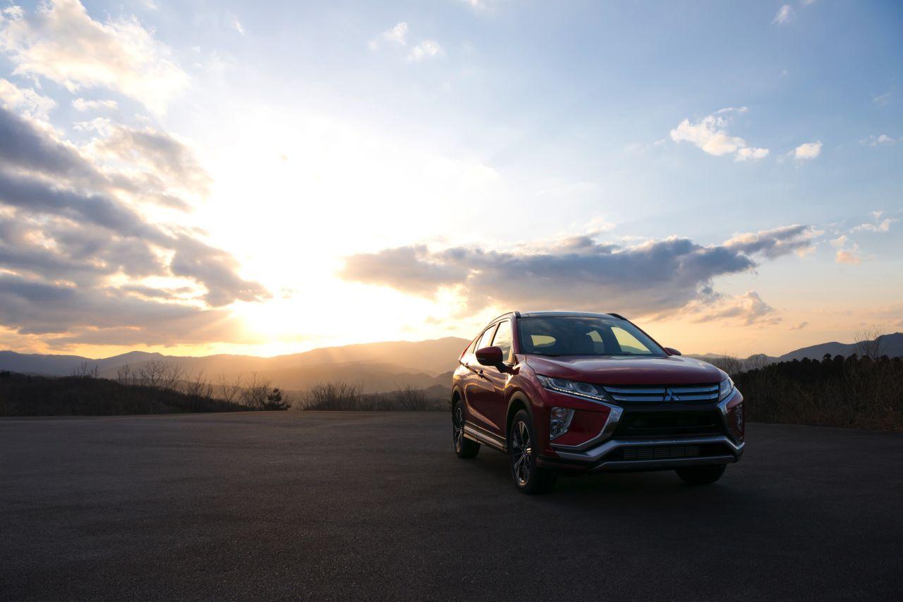Mitsubishi-Eclipse-Cross-2017-16