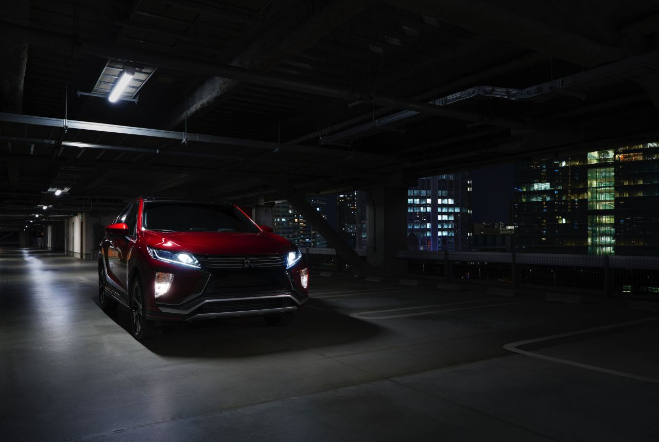 Mitsubishi-Eclipse-Cross-2017-46