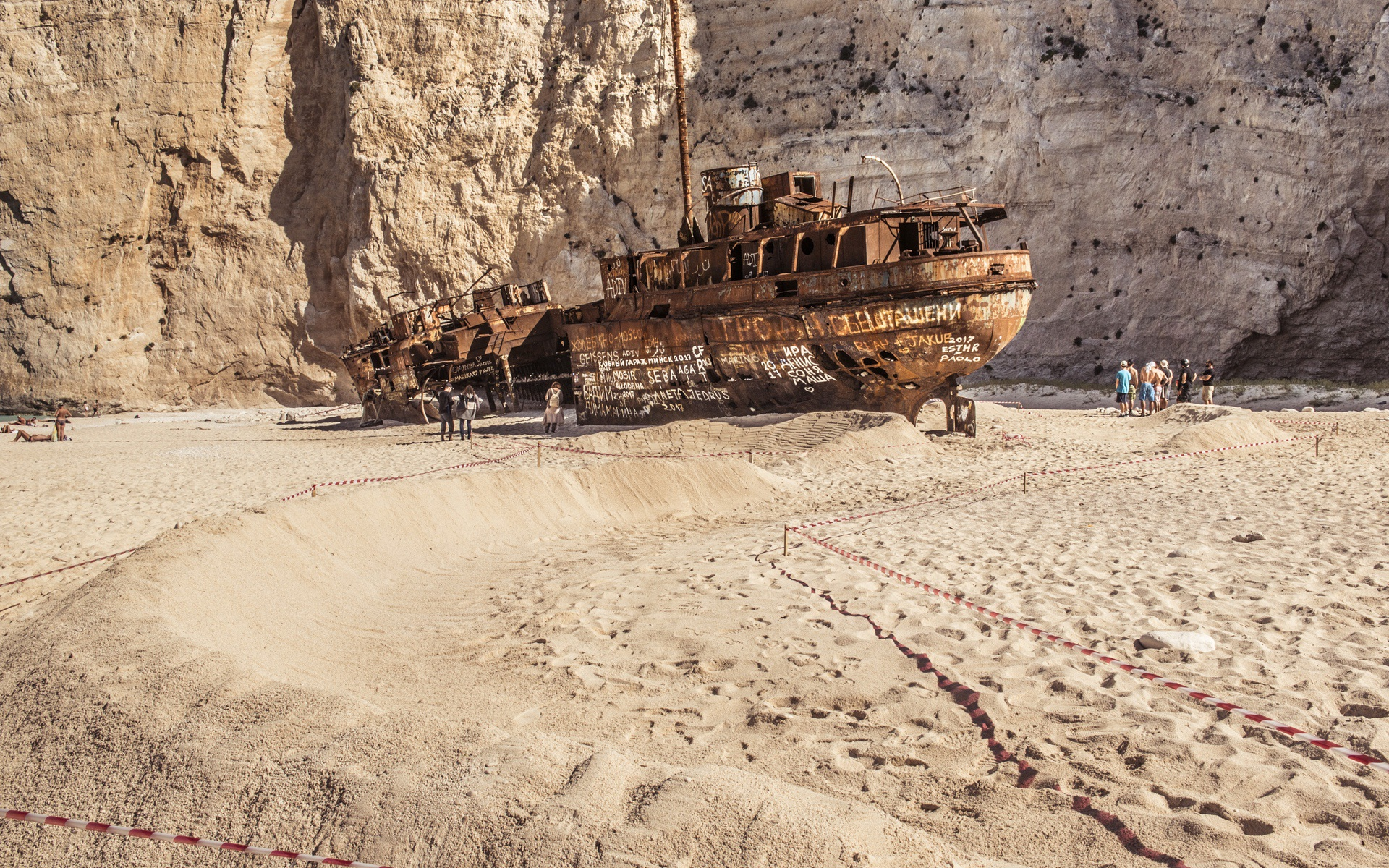 Romain_Febvre_Monster_Energy_Shipwreck_0051
