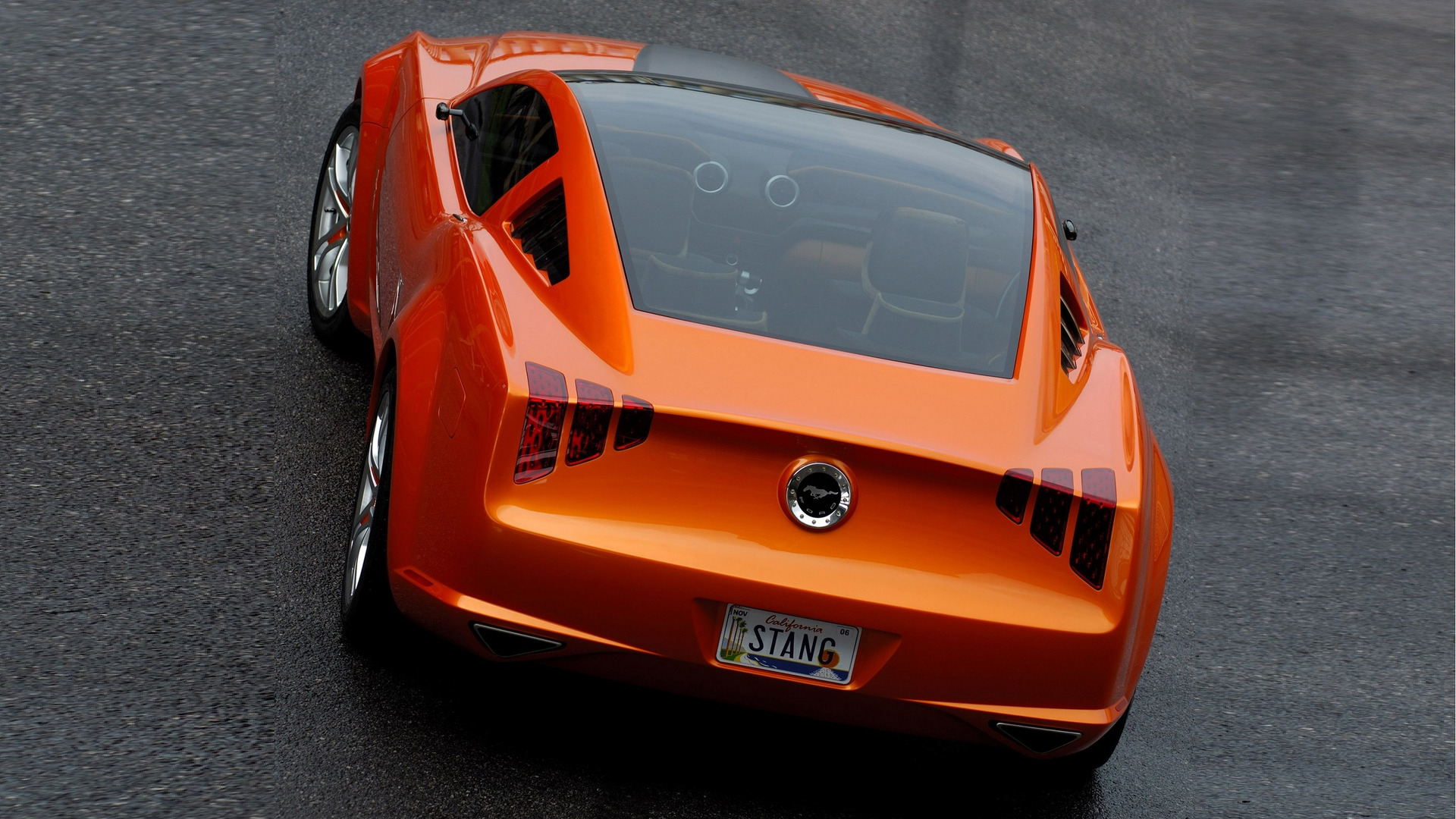 Ford Mustang Giugiaro concept: This one-of-a-kind Mustang by Giugiaro concept underscores Mustang's global appeal and celebrates the icon's heritage of performance. Powered by Ford Racing technologies, this fully drivable special Italian style design reflects the lasting allure of America's favorite muscle car.