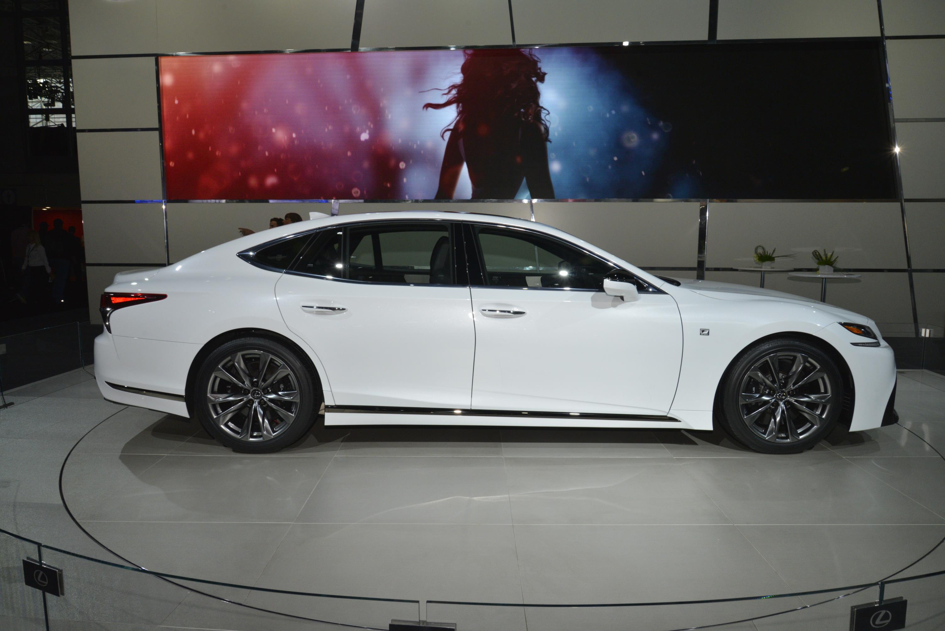 New York Auto Show 2017 (141)
