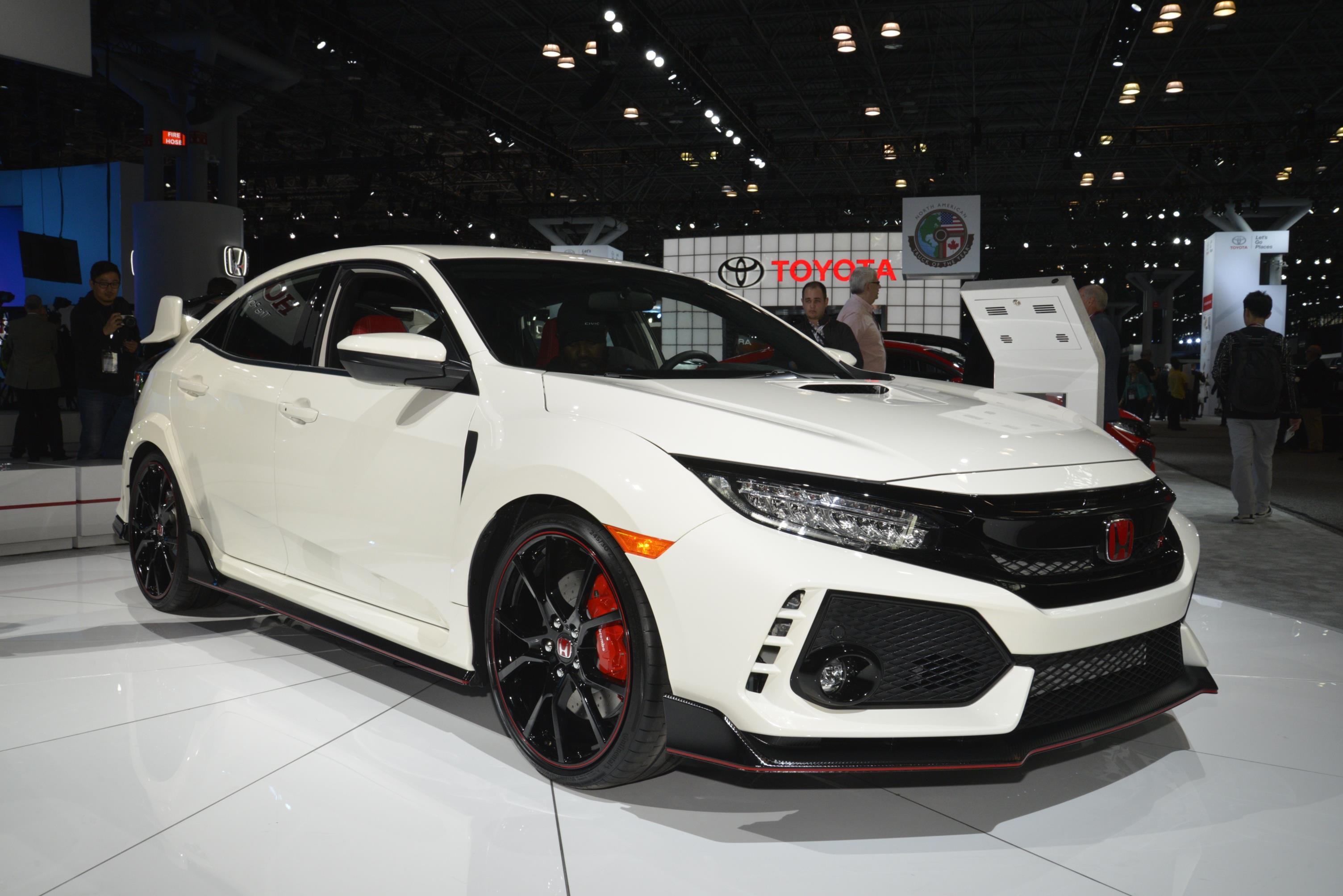 New York Auto Show 2017 (81)