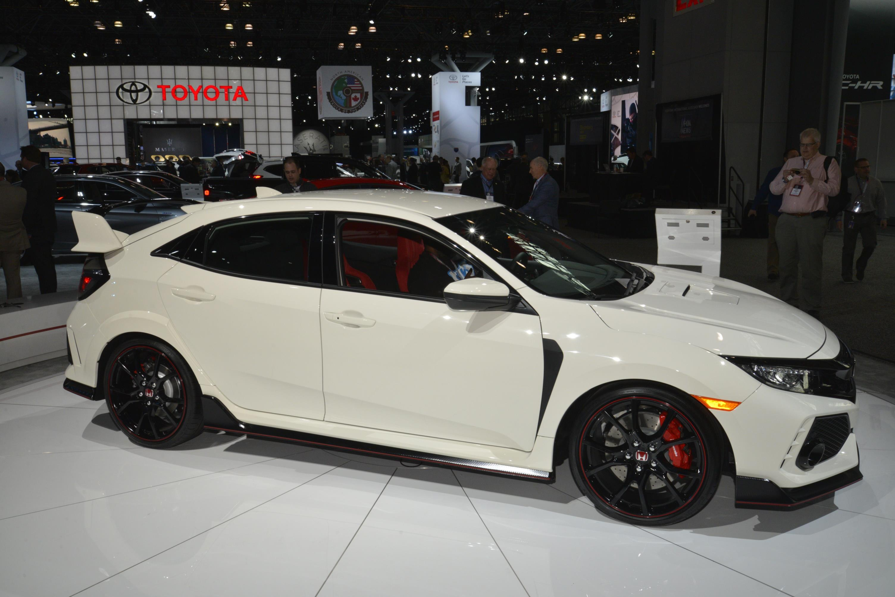 New York Auto Show 2017 (83)