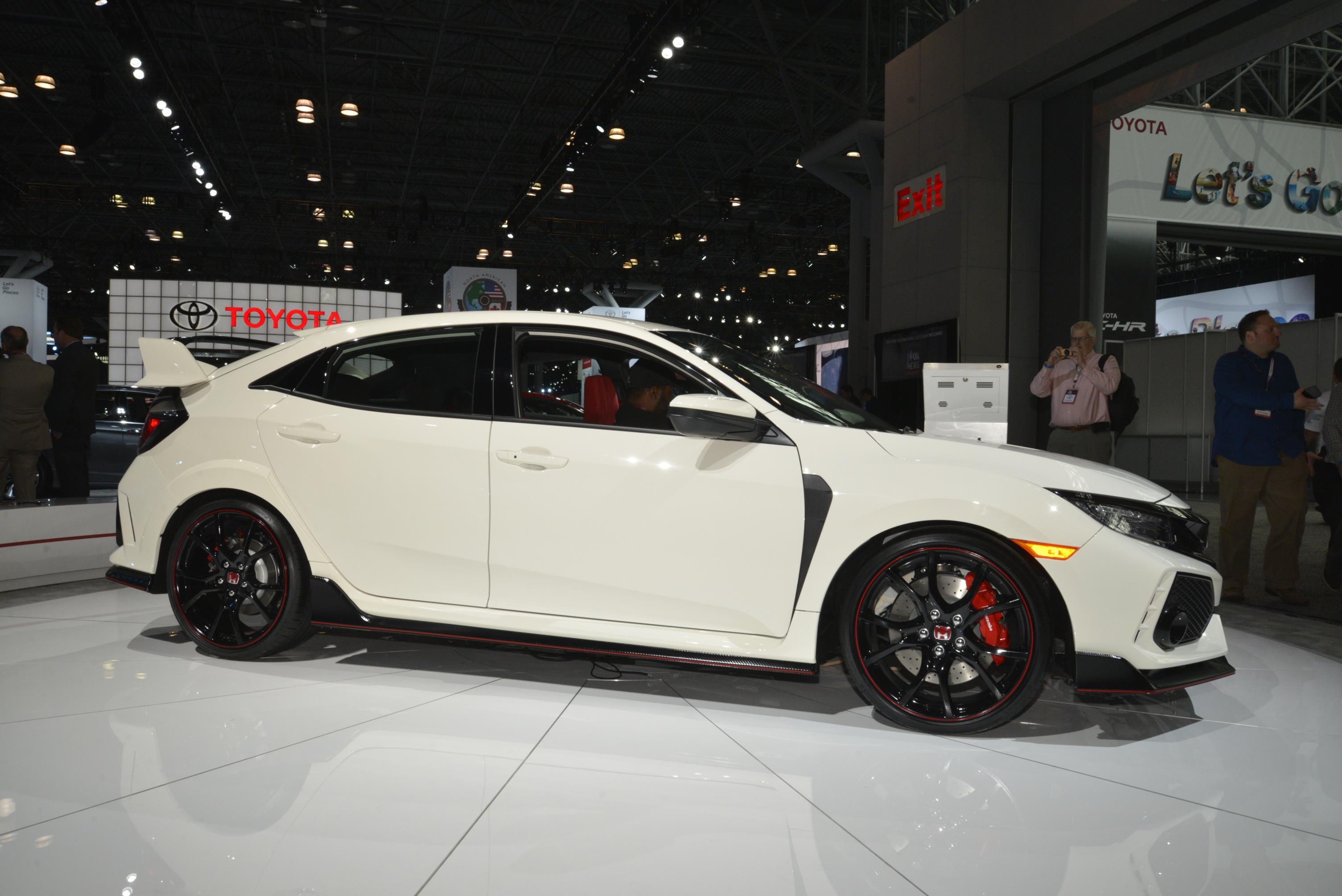 New York Auto Show 2017 (84)