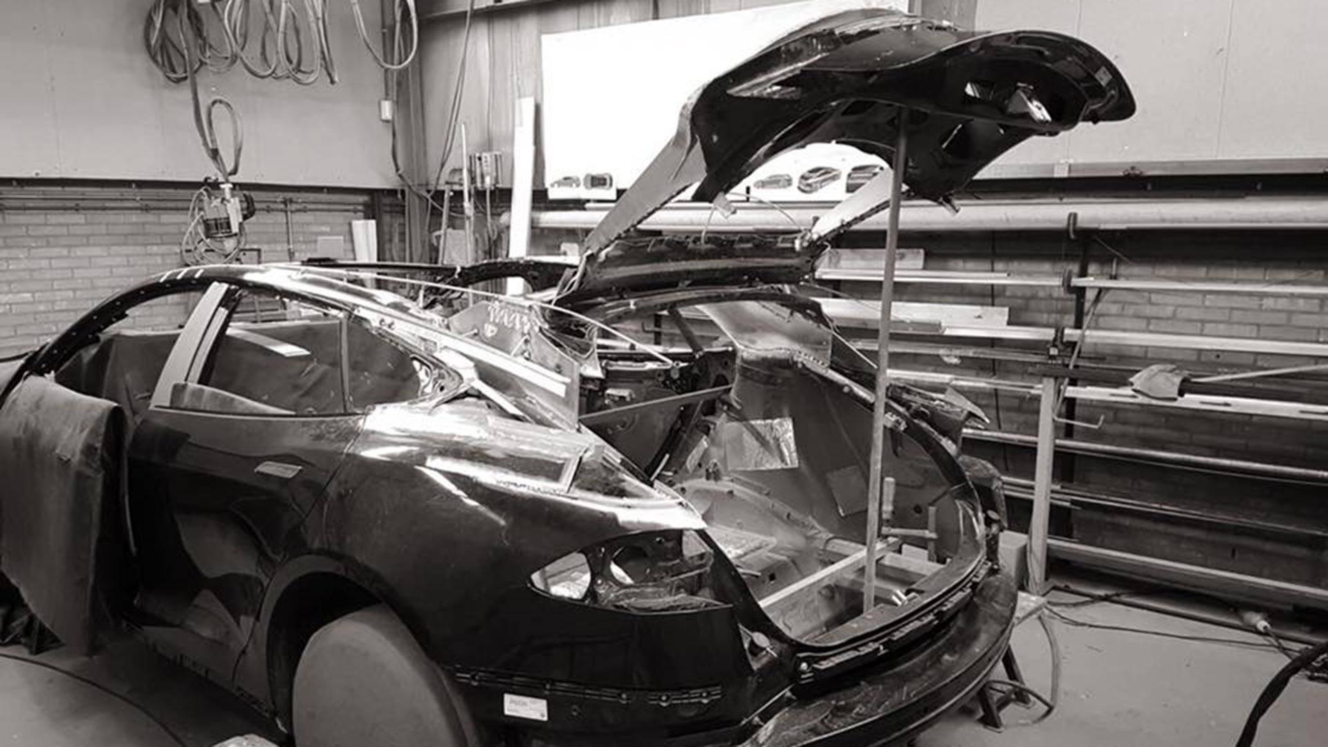 Niels van Roij Design Tesla Model S Shooting Brake (4)