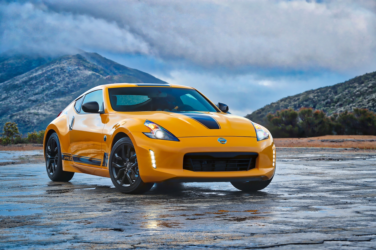 Nissan 370Z Heritage Edition 2018 (1)
