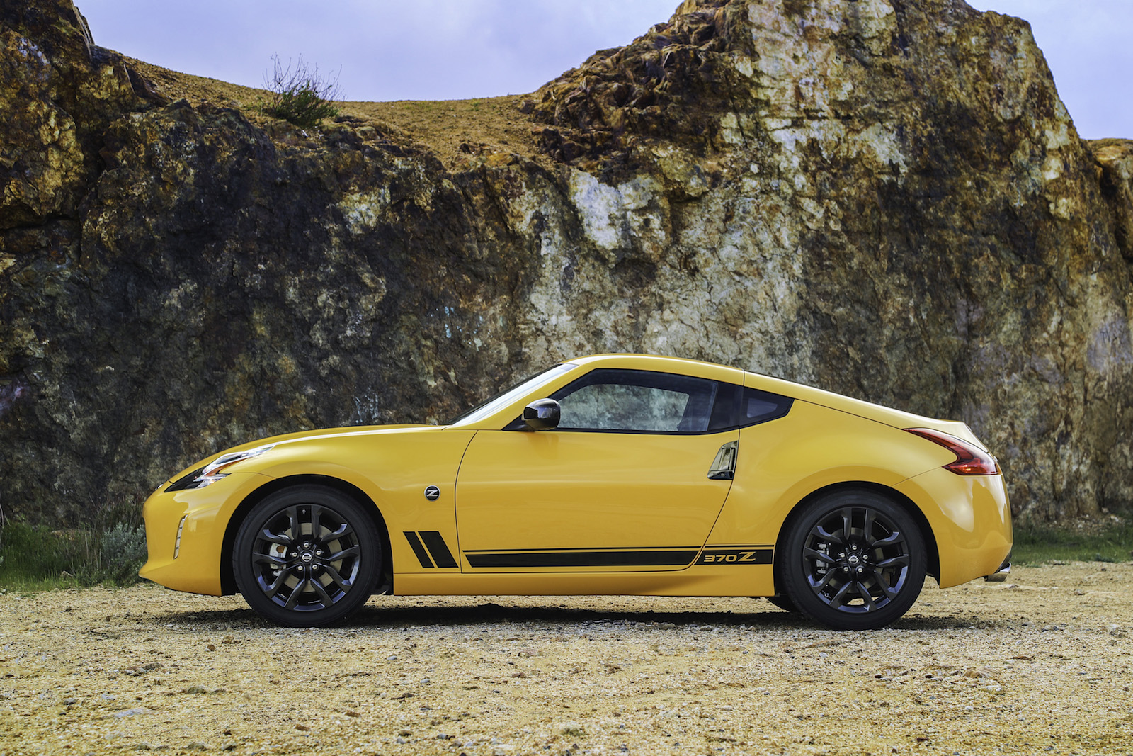 Nissan 370Z Heritage Edition 2018 (2)