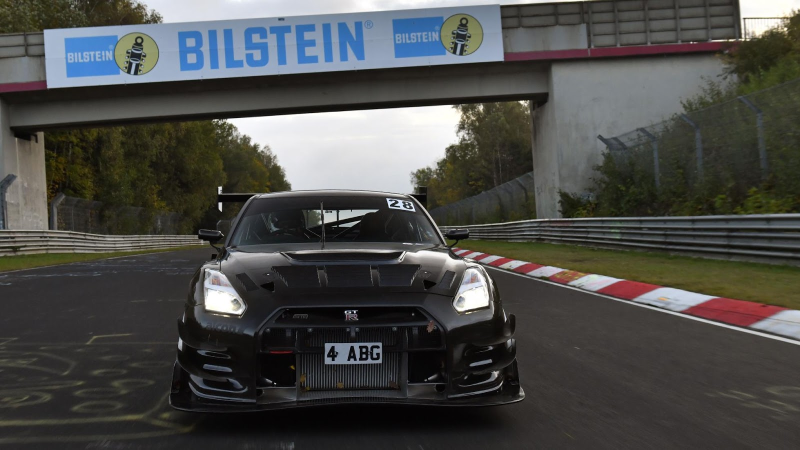 Litchfield-Nissan-GT-R-Nurburgring-10
