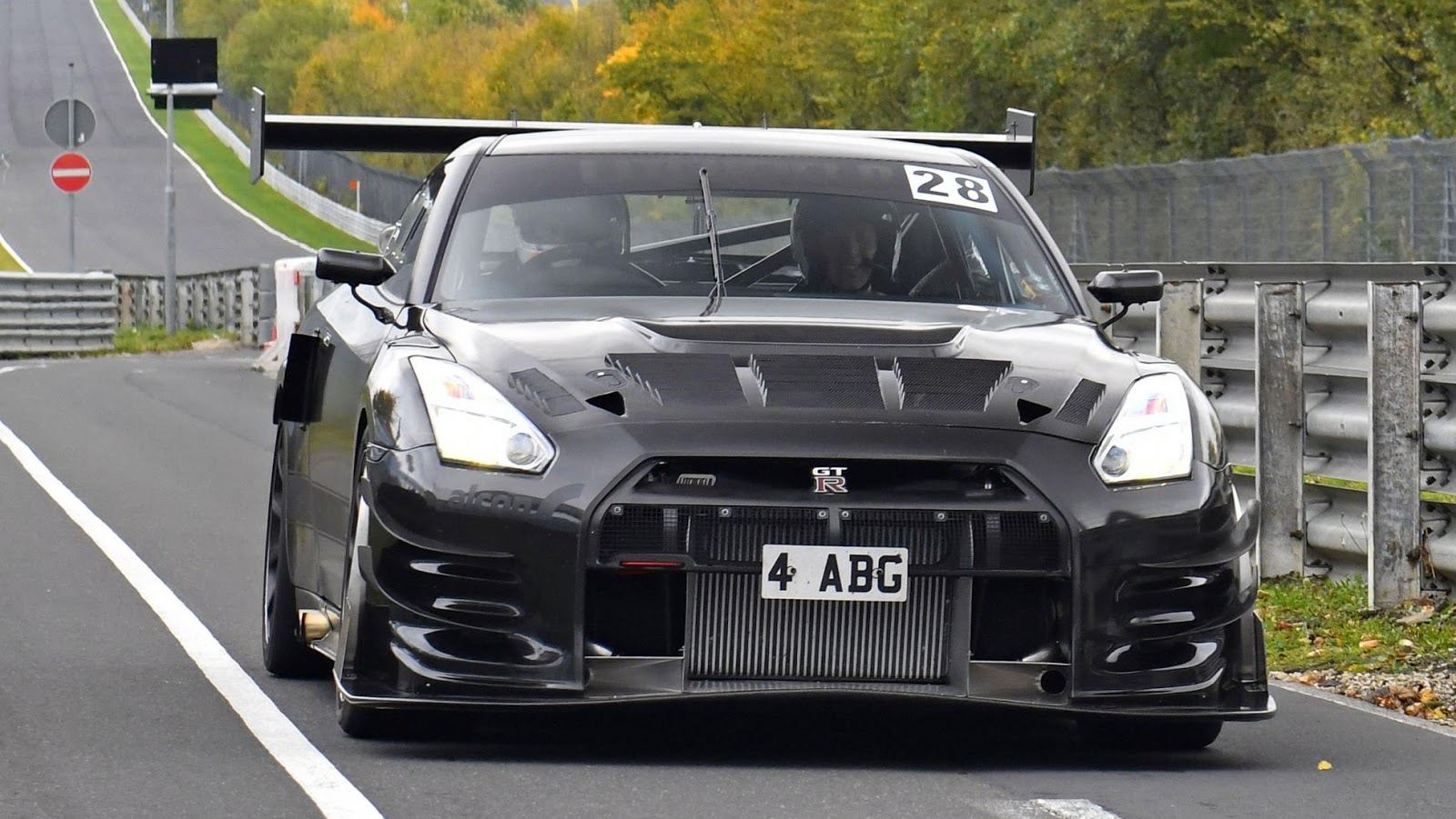 Litchfield-Nissan-GT-R-Nurburgring-19