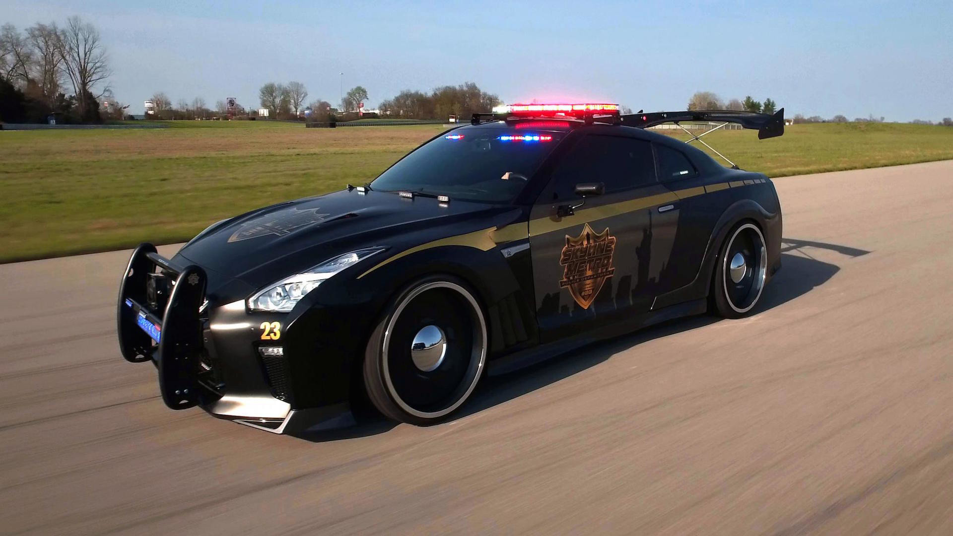 nissan-gt-r-police-pursuit (4)