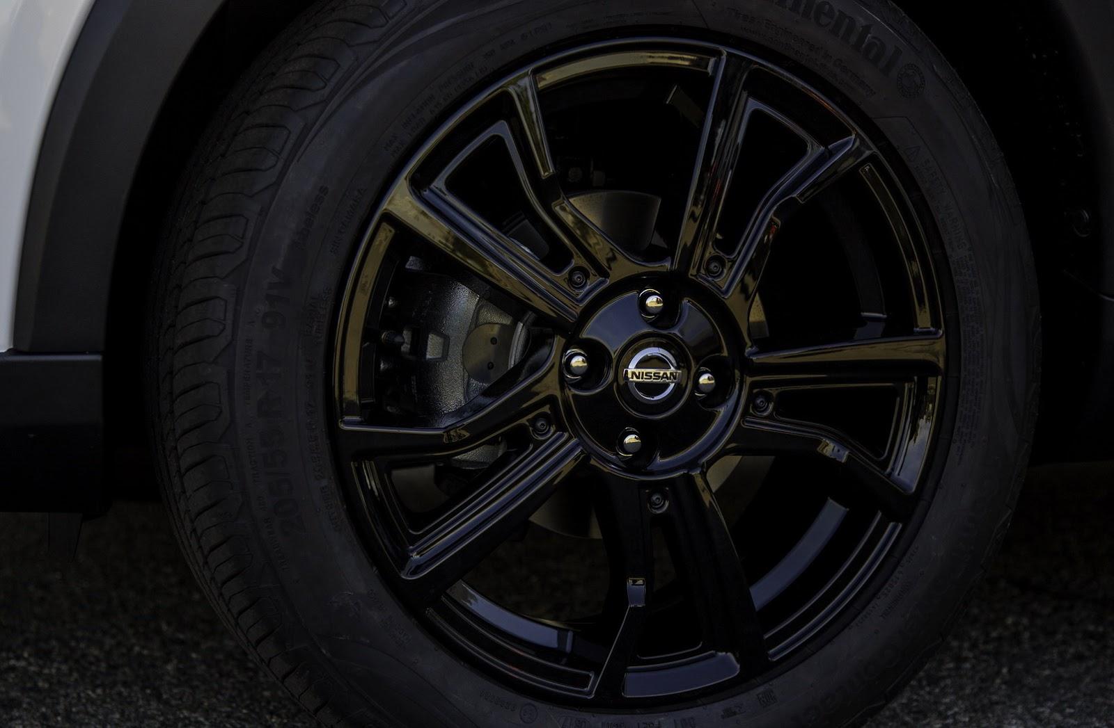 2018-Nissan-Kicks-16