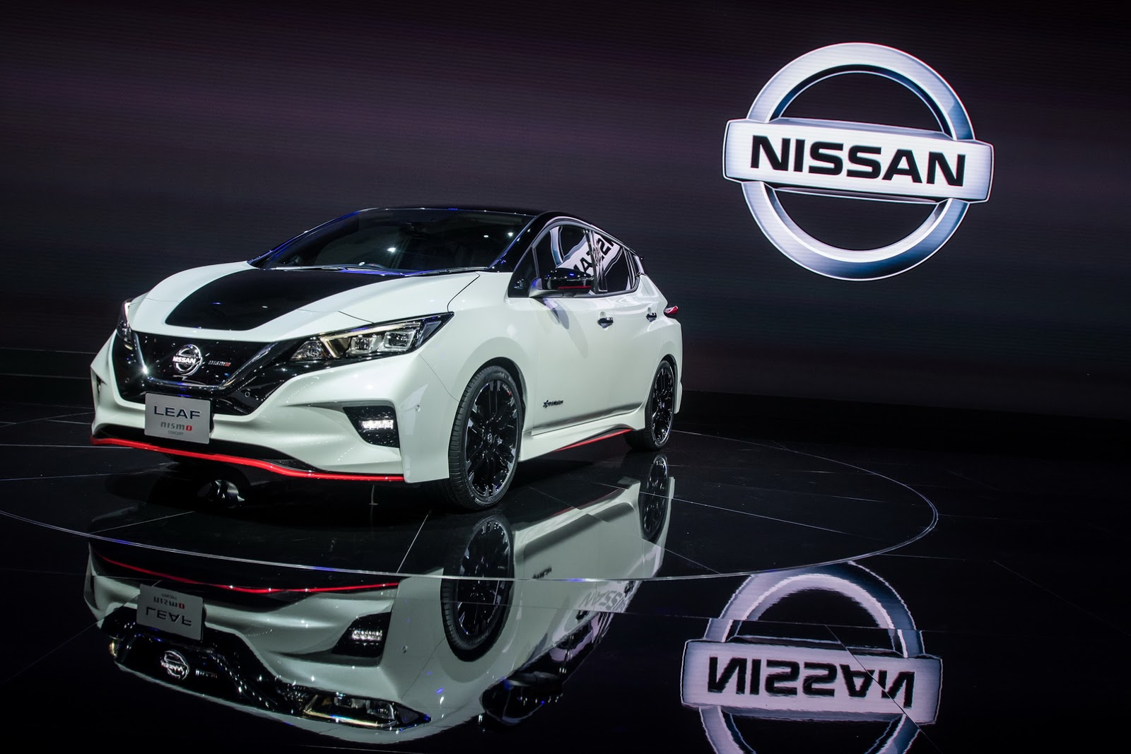 Nissan_Leaf_Nismo_0005