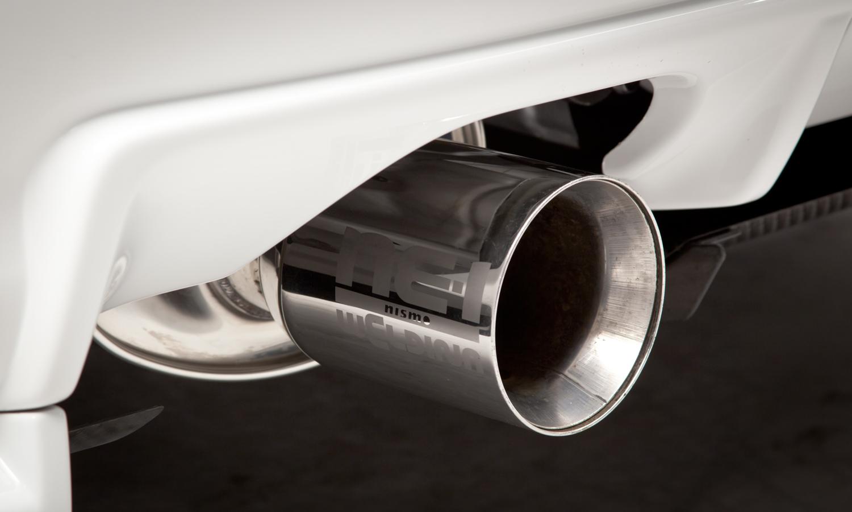 Nissan_R34_GT-R_V-Spec_II_Nür_R-Tune_16
