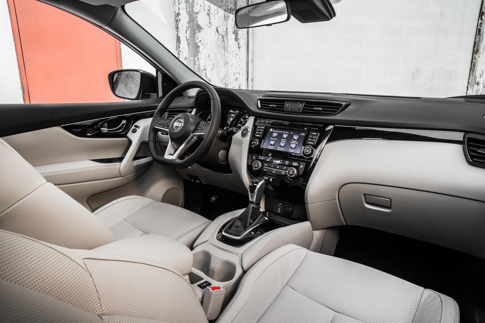 Nissan Rogue Sport 2017 (16)