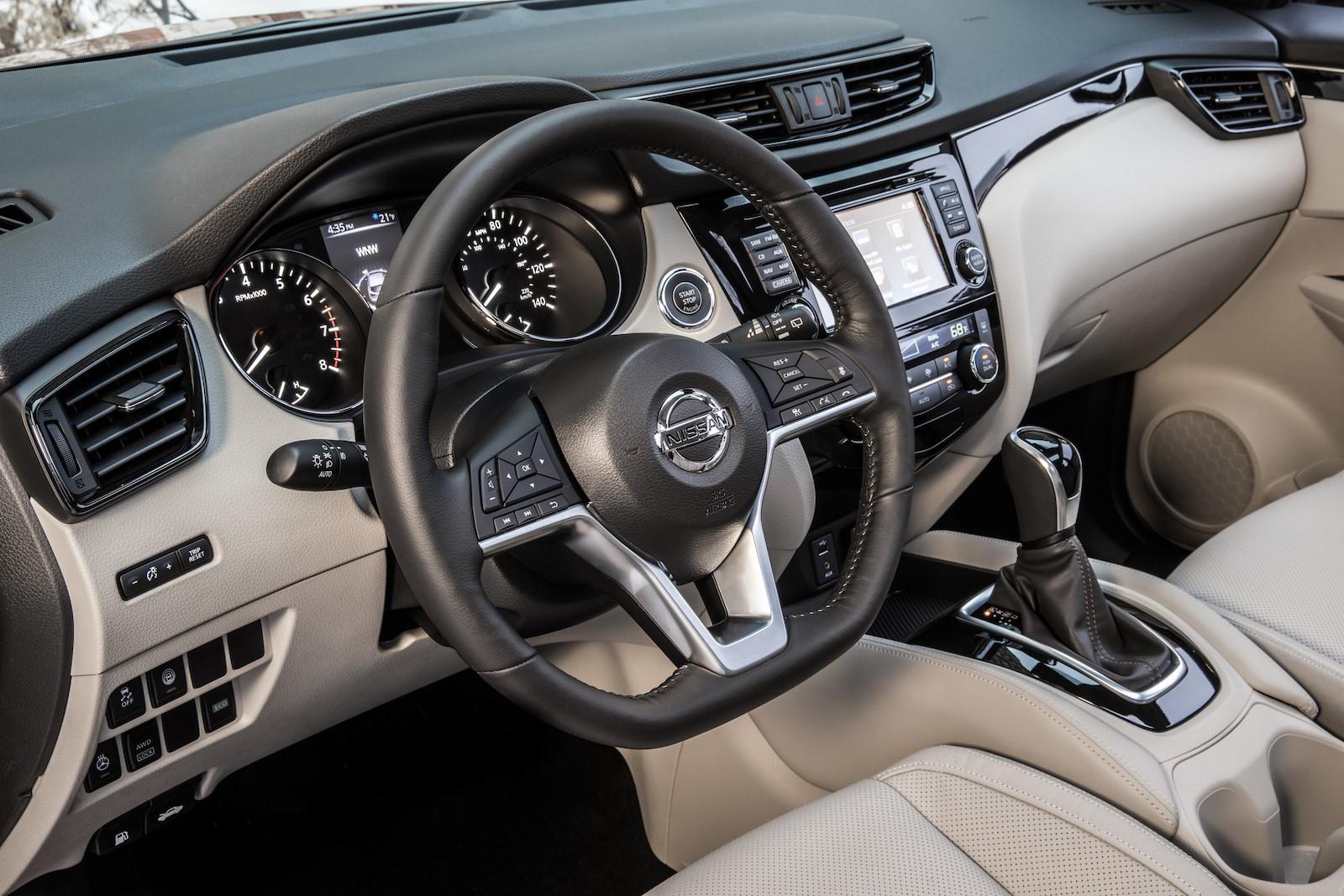 Nissan Rogue Sport 2017 (20)