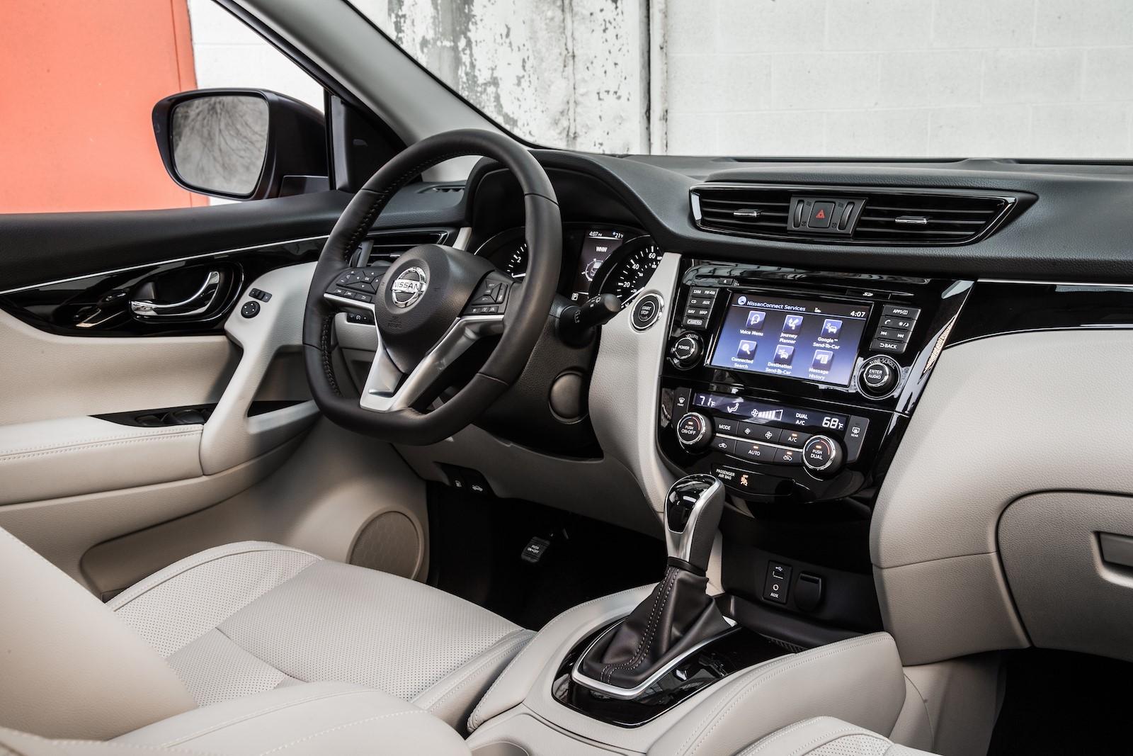 Nissan Rogue Sport 2017 (22)