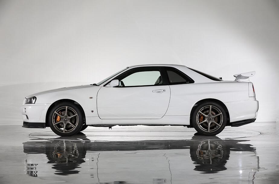 Nissan_Skyline_GT-R_V-Spec_ll_NuR_0003