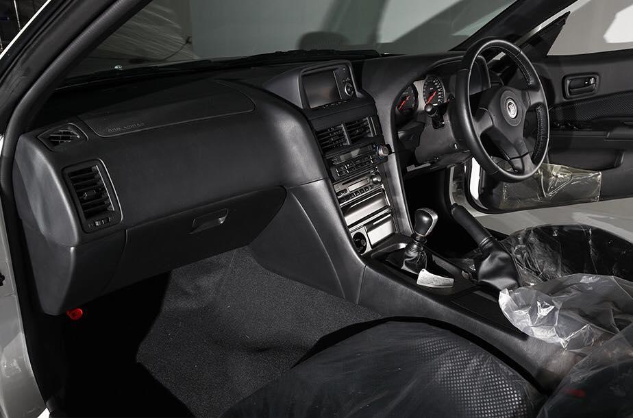 Nissan_Skyline_GT-R_V-Spec_ll_NuR_0009