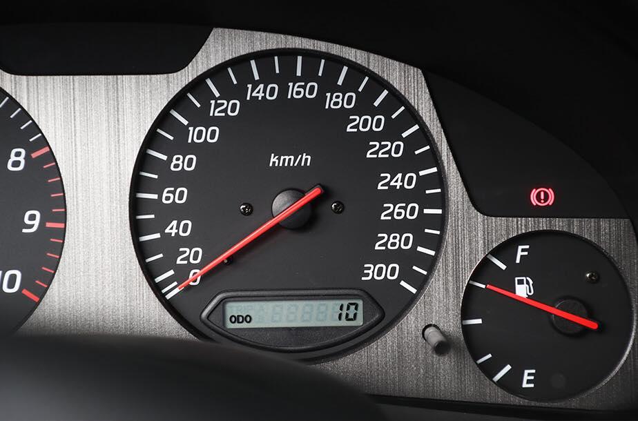 Nissan_Skyline_GT-R_V-Spec_ll_NuR_0012