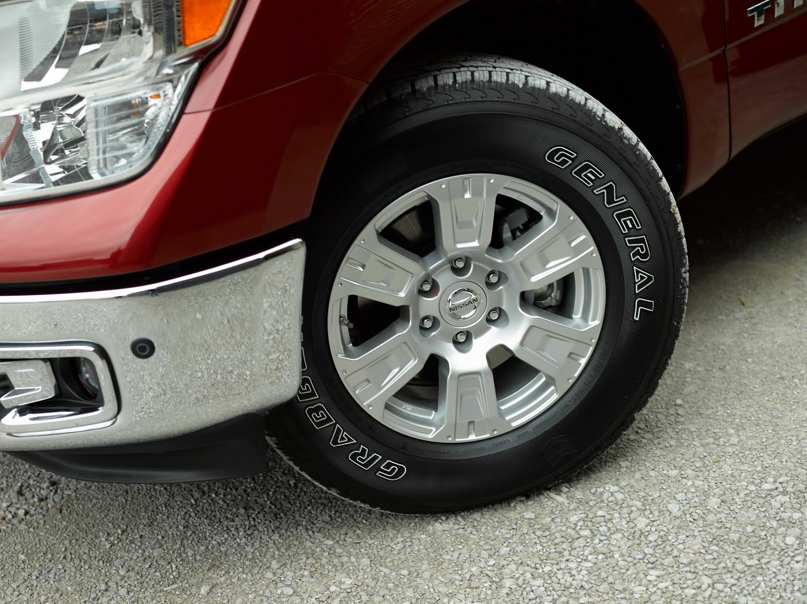 Nissan Titan King Cab 2017 (7)