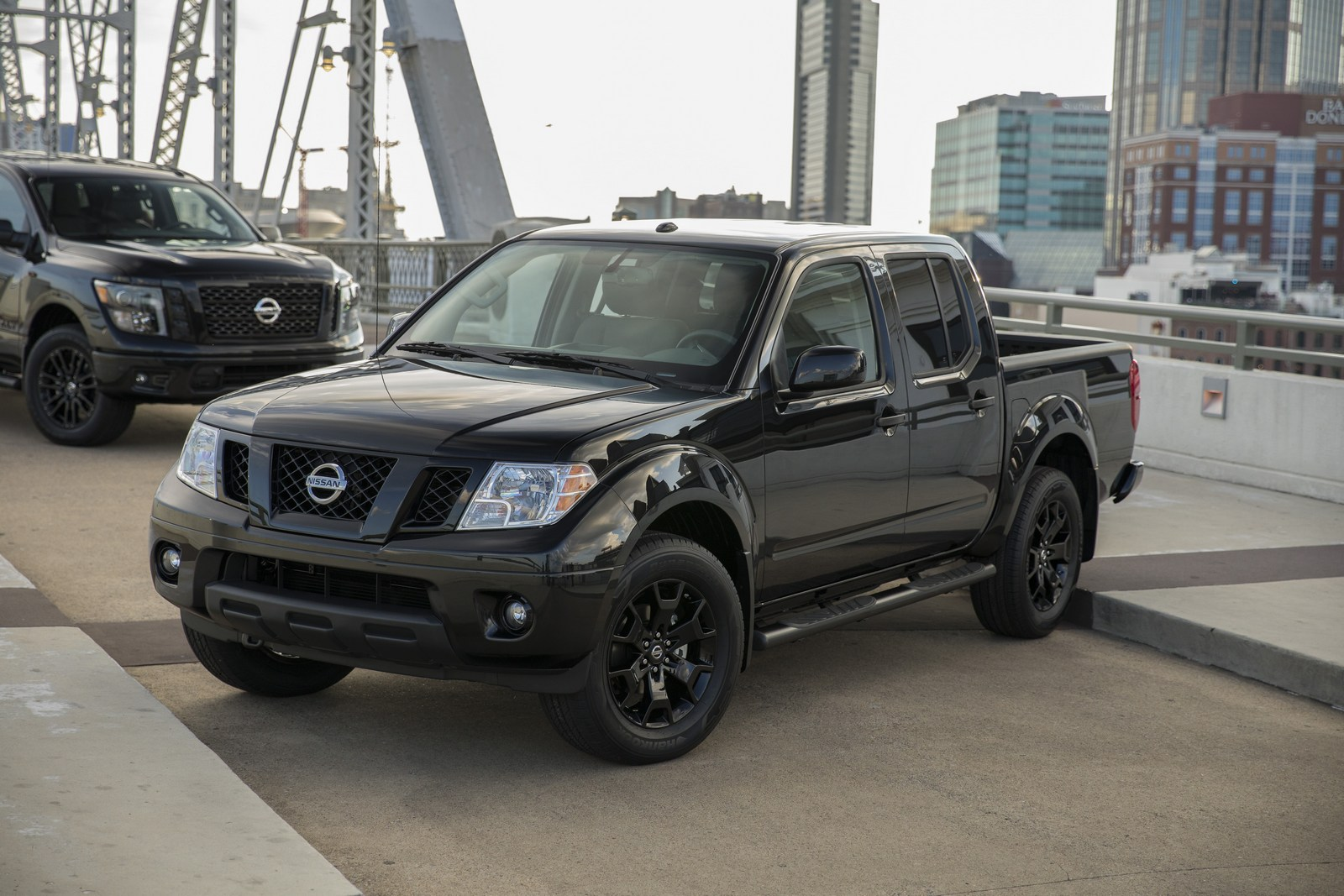 nissan midnight titan titan xd frontier. Black Bedroom Furniture Sets. Home Design Ideas