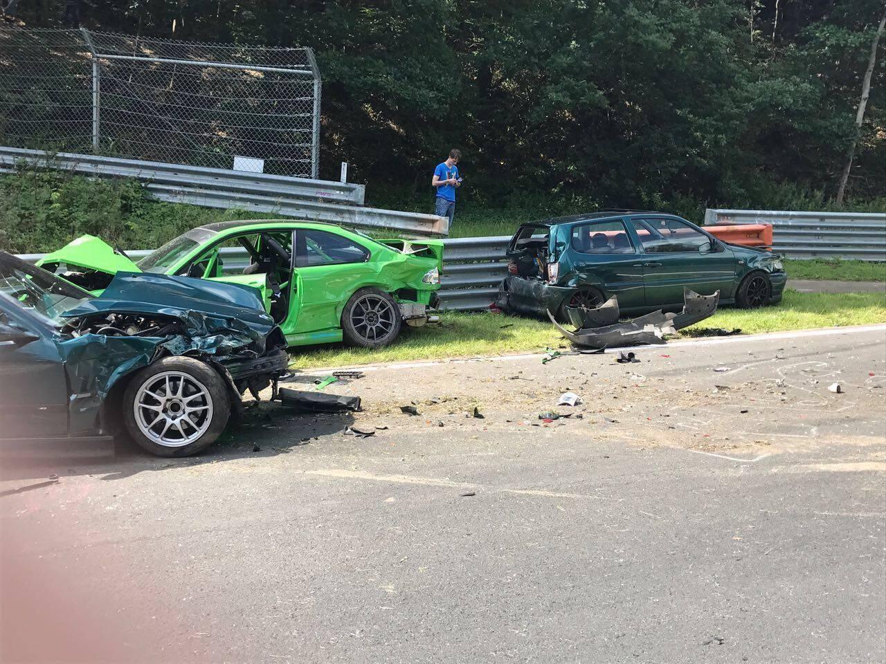 Nurburgring crash august 2017 (5)