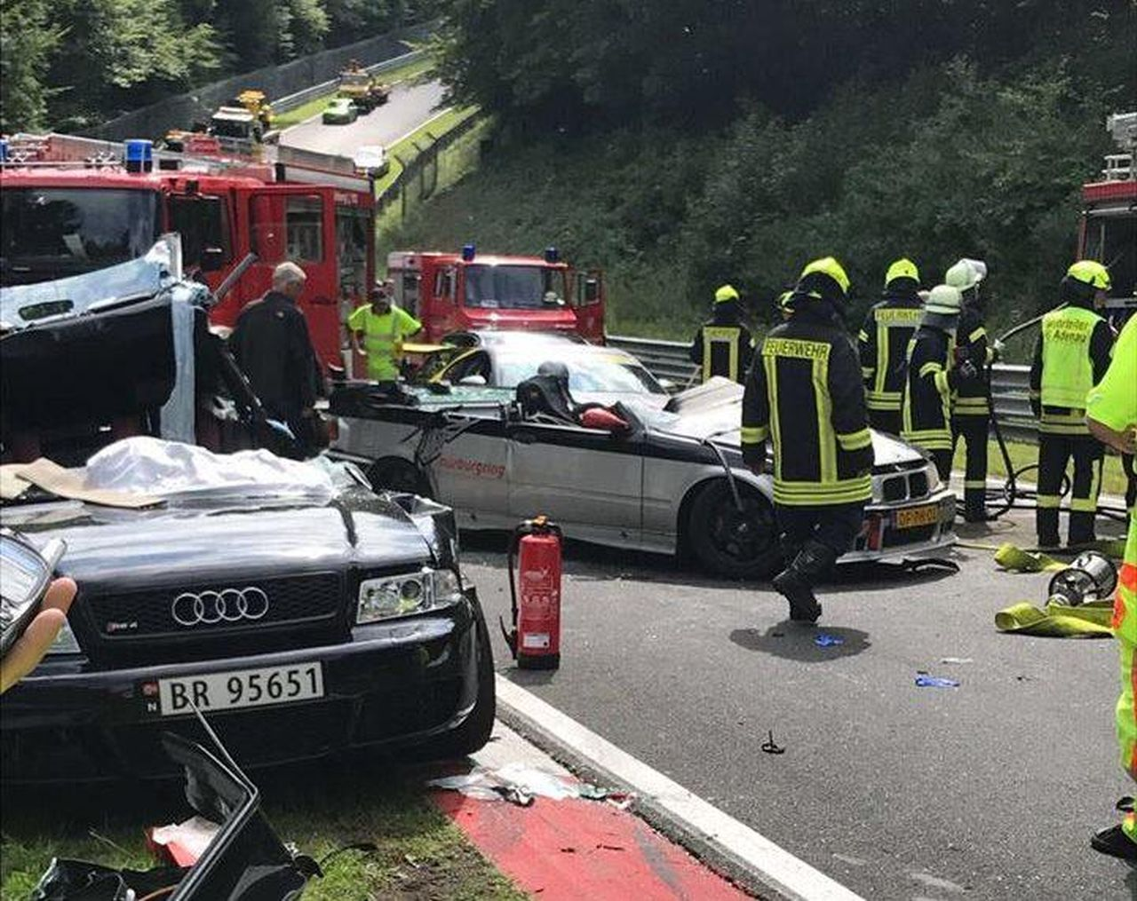 Nurburgring crash august 2017 (8)