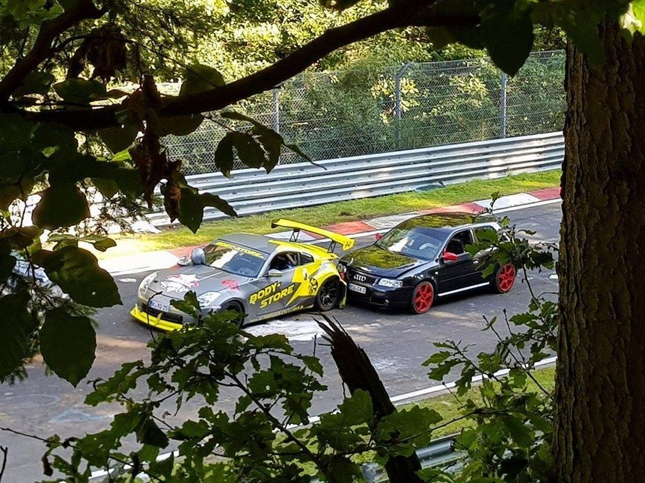 Nurburgring crash august 2017 (9)