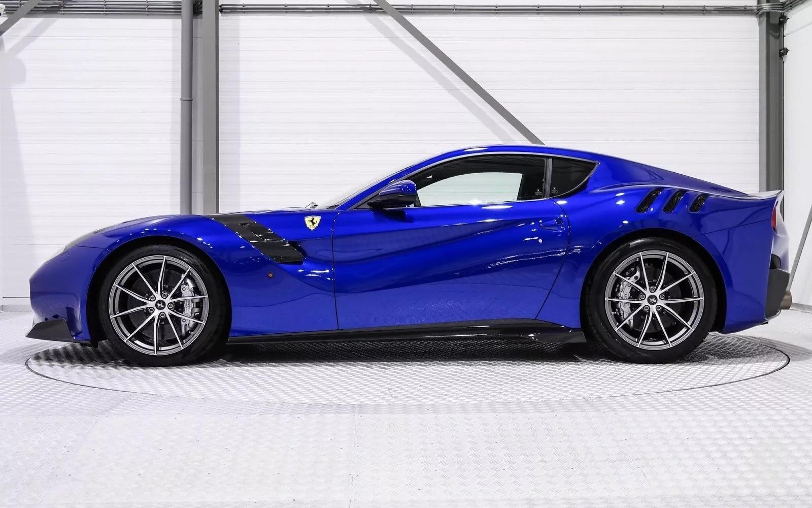 One-Off_Electric_Blue_Ferrari_F12tdf_02