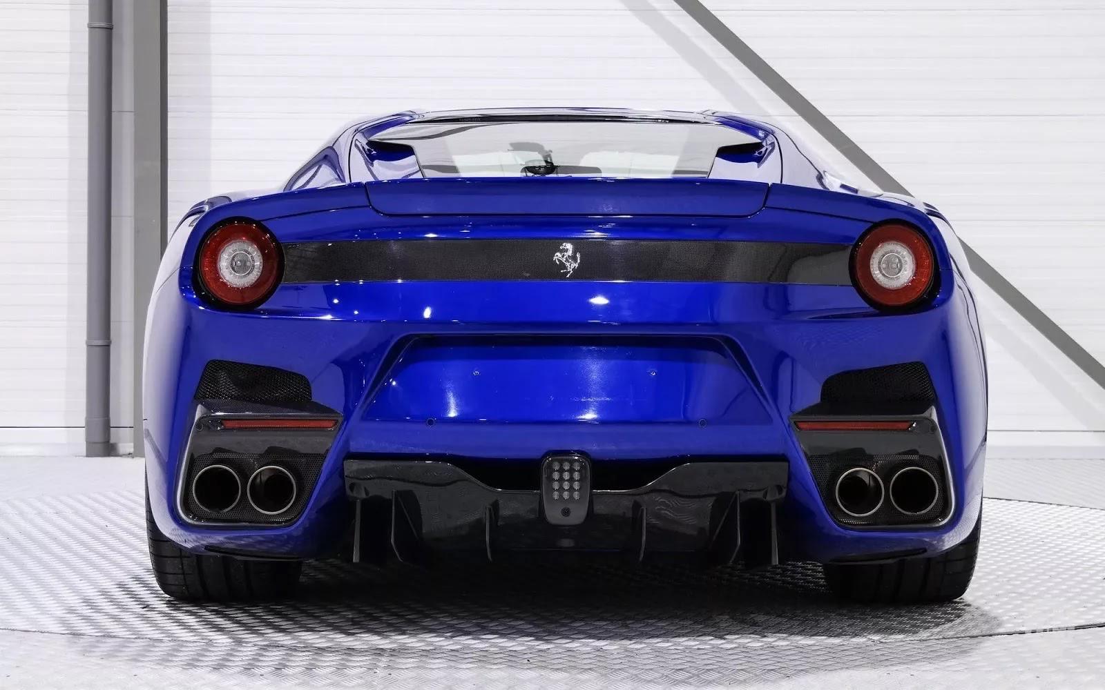One-Off_Electric_Blue_Ferrari_F12tdf_05