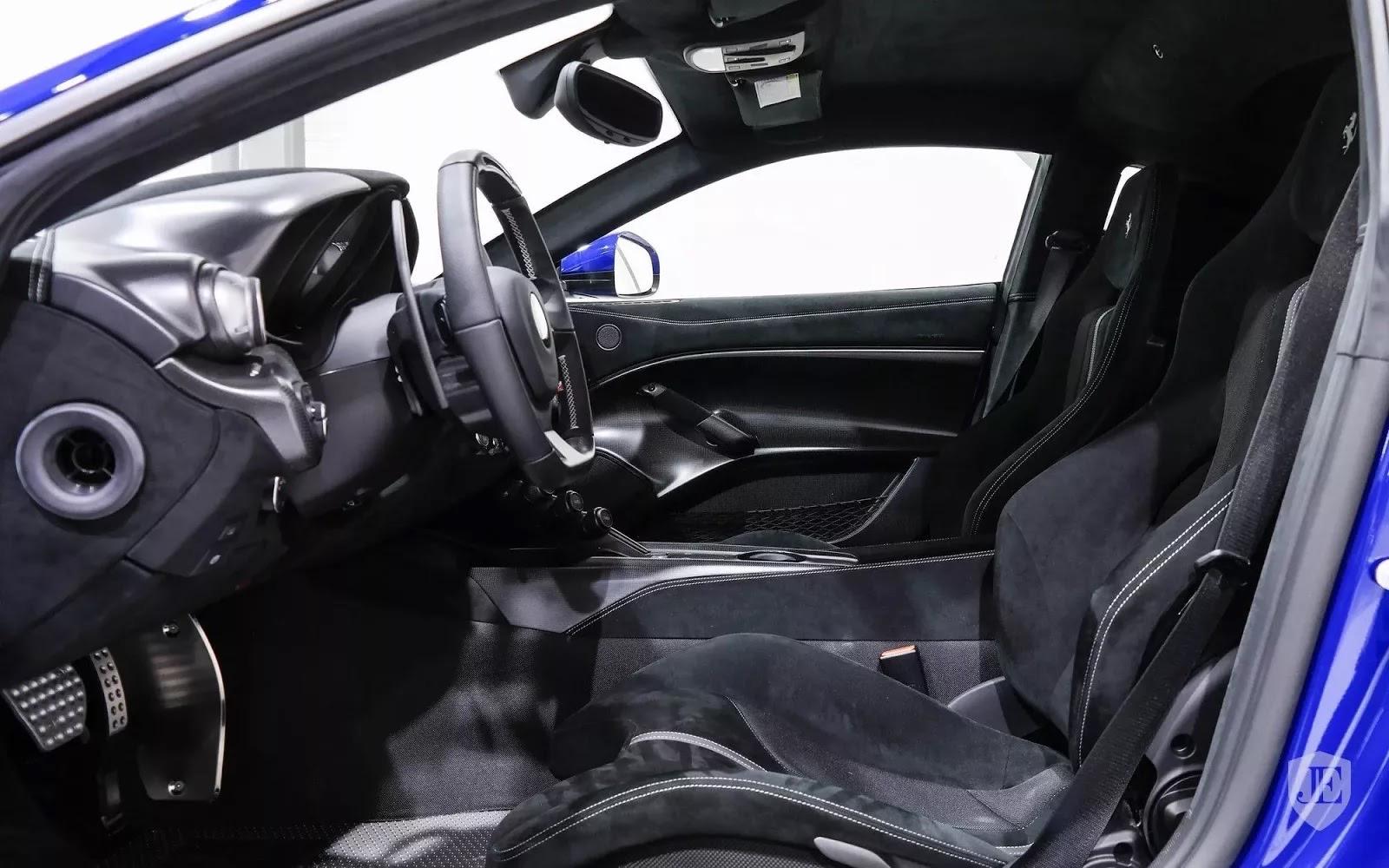 One-Off_Electric_Blue_Ferrari_F12tdf_23