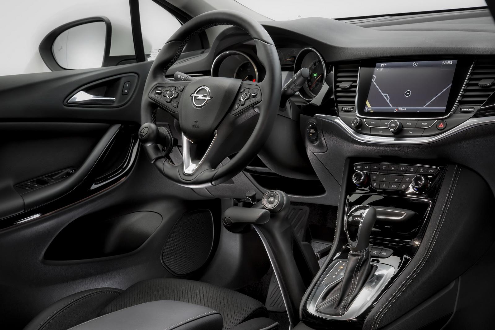 Opel_Astra_Veigel_Commander_04
