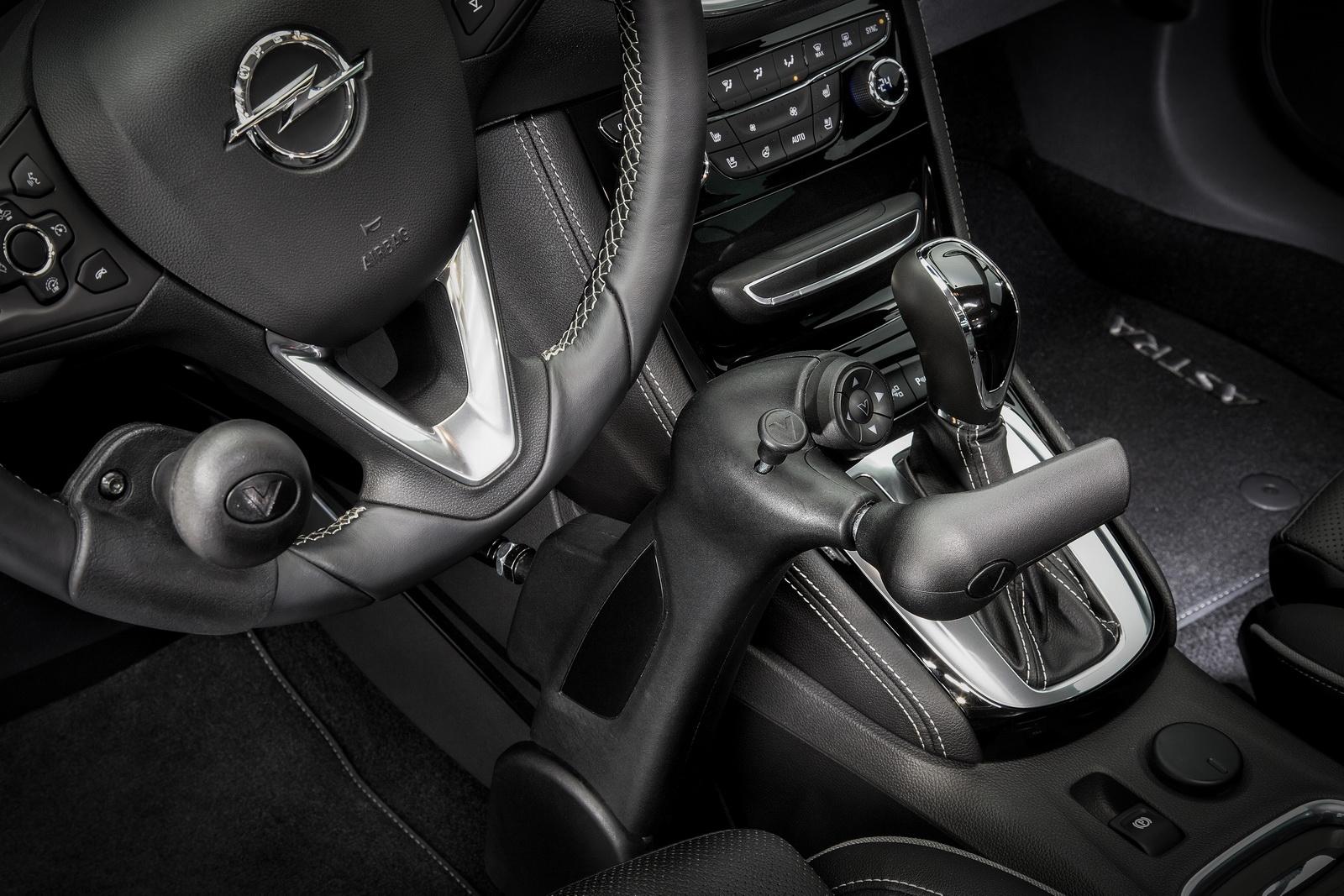 Opel_Astra_Veigel_Commander_06