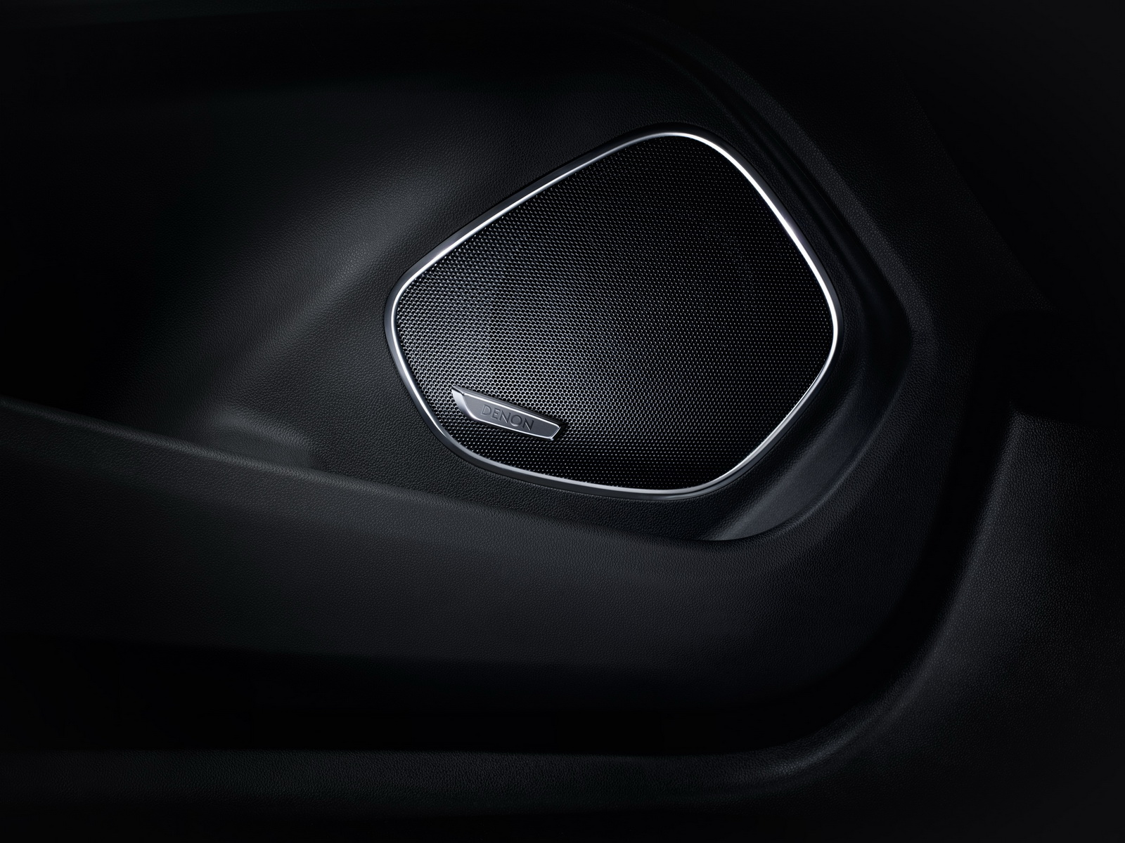 Sounds good: The Opel Grandland X Ultimate with Denon premium sound-system.