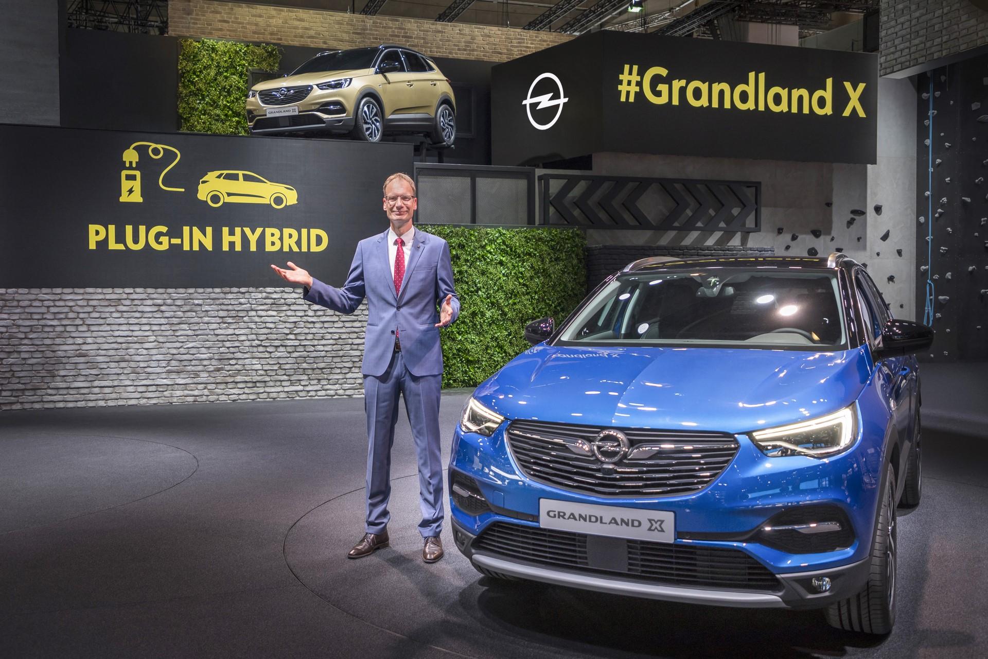 Opel at the 67th IAA