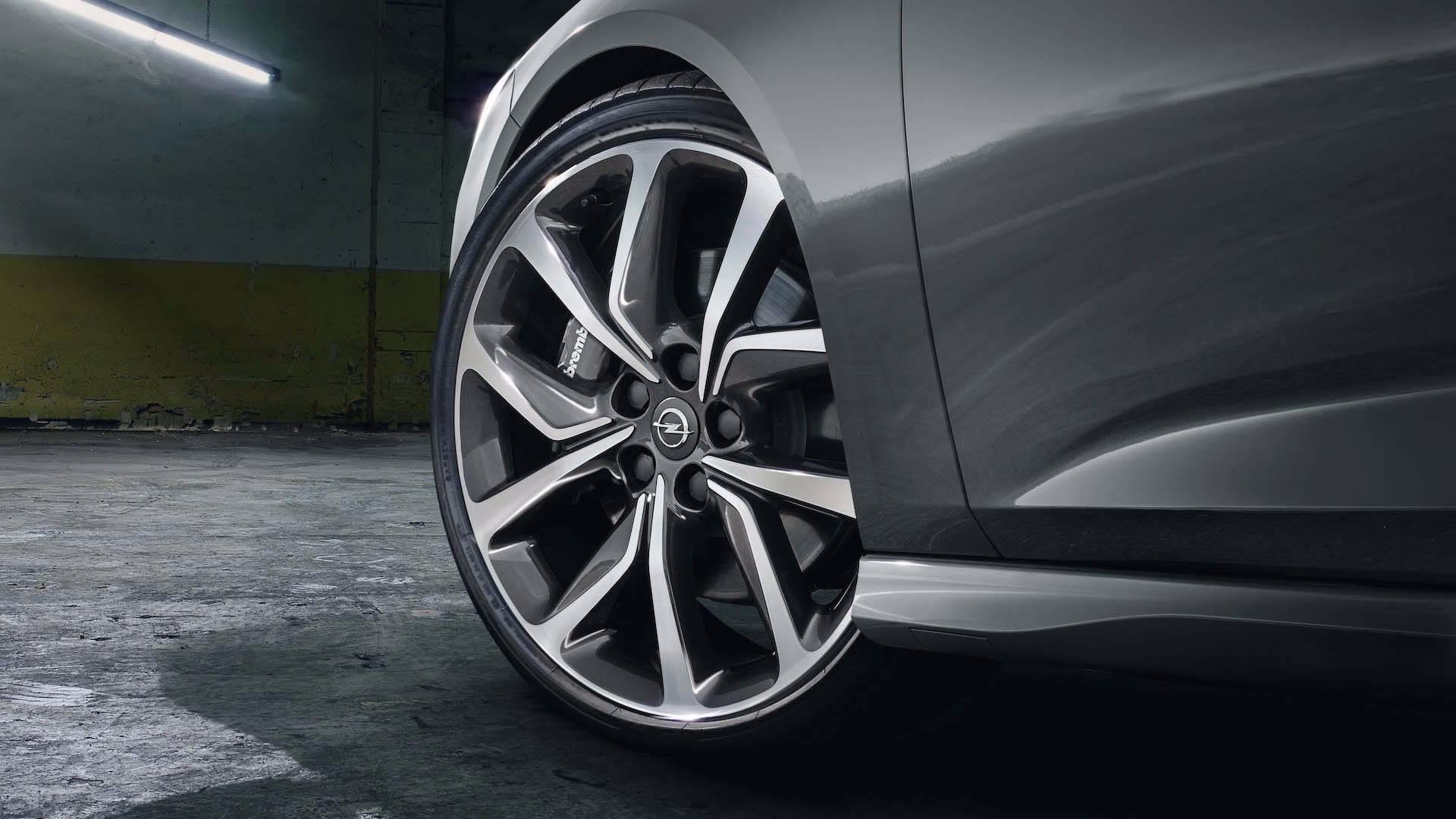 Opel_Insignia_GSi_Nürburgring_05