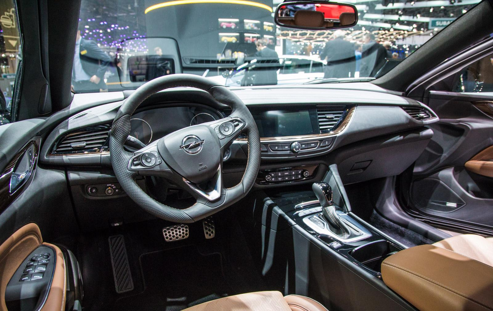 Opel-insignia-018