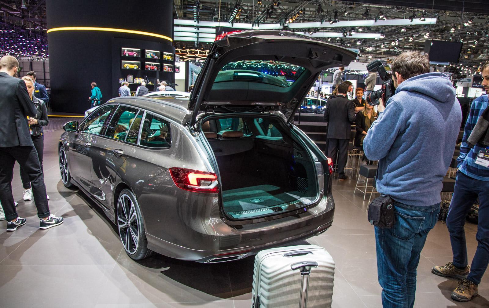 Opel-insignia-019