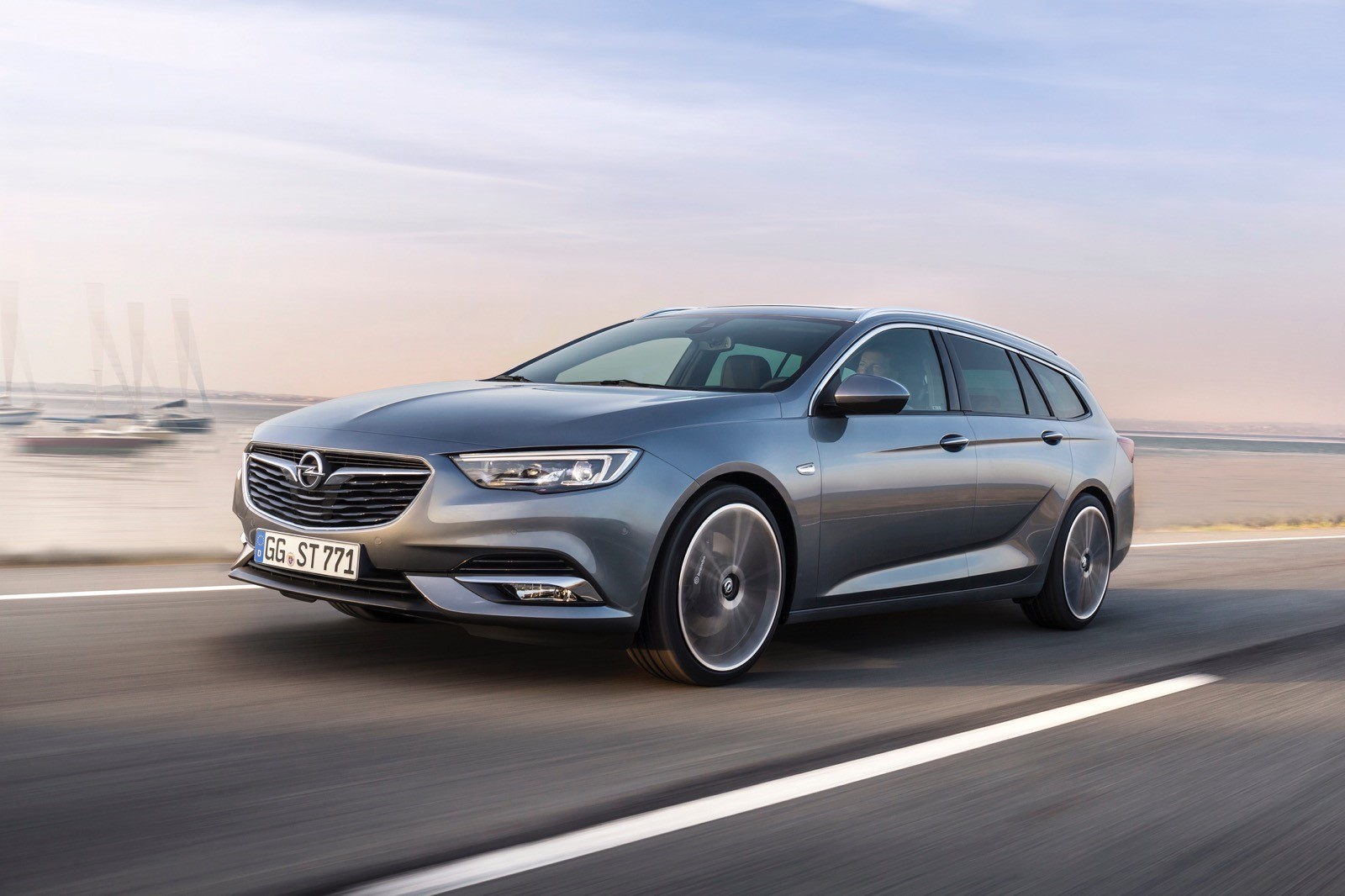 Opel Insignia Sports Tourer 2017 First Test Drive (145)