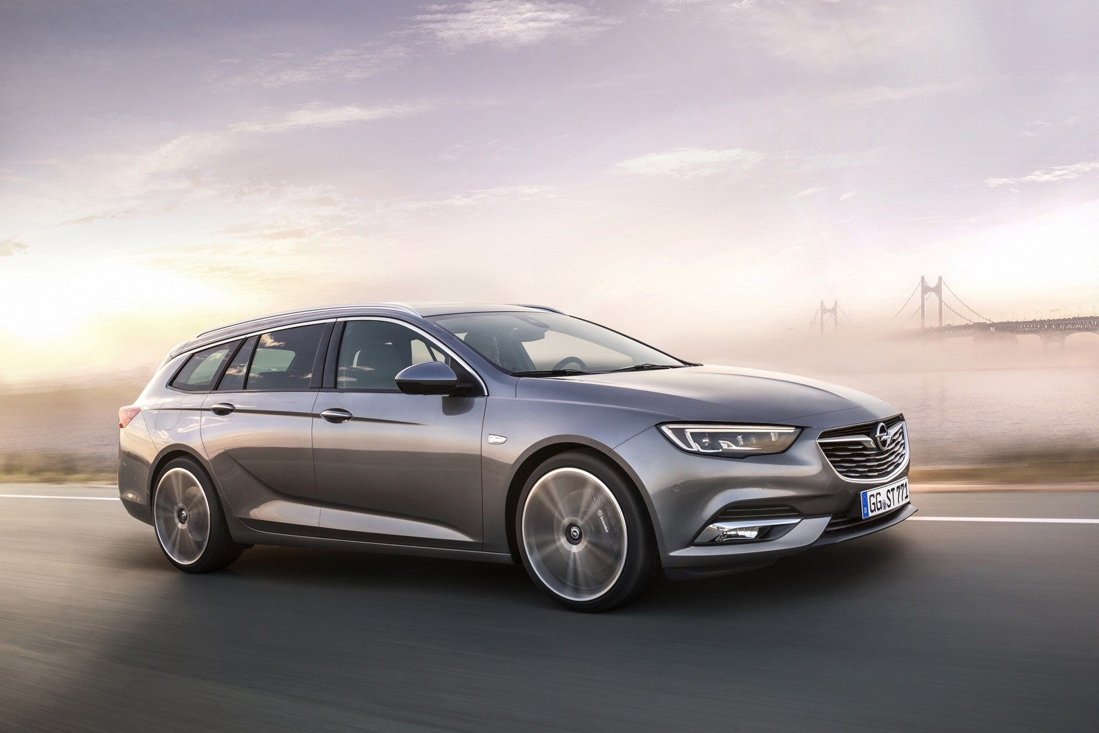 Opel Insignia Sports Tourer 2017 First Test Drive (146)